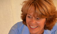 Annette from Coppet, Massage