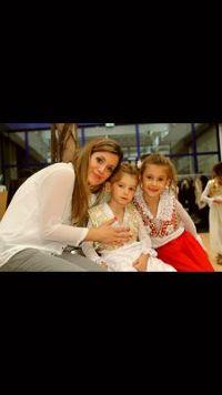 Blerta from Genève , Babysitting