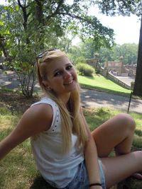Laura from Veyrier, Babysitting